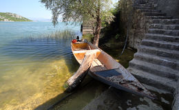 渔船在Skadar湖 库存照片