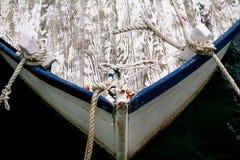 渔船弓有绳索的 库存图片
