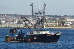 渔船罗斯通过教皇` s海岛的玛里 库存照片