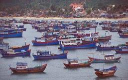 渔船队越南语 免版税库存照片