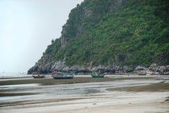 渔船,华欣, Prachuap Khiri Khan,泰国 免版税库存图片