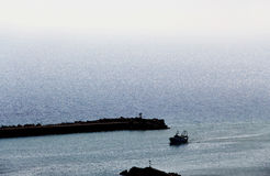 渔船,回到港口 免版税库存图片