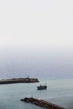 渔船,回到港口 免版税库存照片