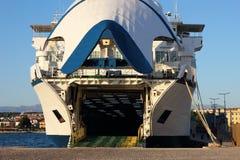 渡船准备好启运 免版税库存照片