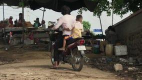 渡轮,湄公河,柬埔寨,东南亚 股票视频