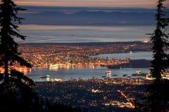 温哥华夜都市风景 免版税图库摄影