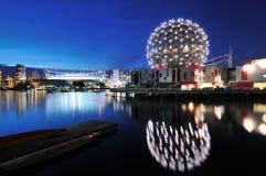 温哥华科学世界和BC体育场 图库摄影