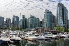 温哥华街市小游艇船坞区域 库存图片