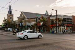 温哥华,加拿大- 2017年9月23日:第12条大道和大街的交叉点 免版税库存图片