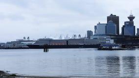 温哥华,横跨水4K的不列颠哥伦比亚省Timelapse地平线  股票视频