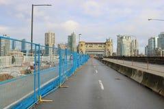 温哥华Burrard街桥梁车道关闭 免版税库存照片