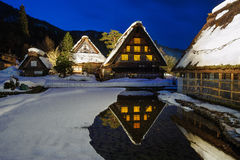 温暖的房子在白川町村庄 免版税图库摄影