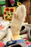 温暖的羊毛手套 库存照片