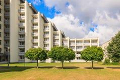 温泉渡假胜地医疗疗养院的大厦复合体  德鲁斯基宁凯 库存图片