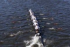温特帕克乘员组夏恩Kerns舵手在水中投入手 库存图片