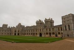 温莎城堡内在庭院10月下旬的 库存图片