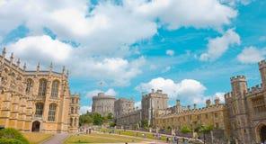 温莎城堡和哥特式教堂 图库摄影