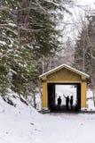 温莎磨房被遮盖的桥 库存图片