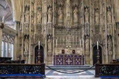 温彻斯特, HAMPSHIRE/UK - 3月6日:在温彻斯特Cathedr的法坛 免版税库存图片