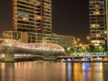 港区在晚上 库存照片