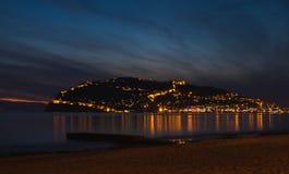 港口、海和堡垒日落视图在阿拉尼亚,土耳其 图库摄影
