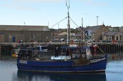 港口和近海捕渔舰队在柯克沃尔,大陆海岛,奥克尼苏格兰 库存照片