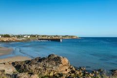 港口在Le Loc'h海湾(法国) 免版税库存照片