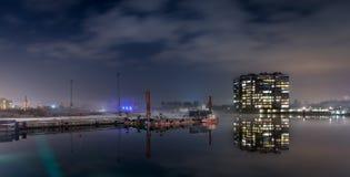 港口情景在晚上 免版税库存图片