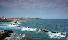港口西西里岛西勒鸠斯 免版税库存图片