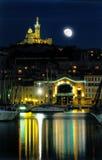 港口马赛月亮晚上 免版税库存照片