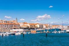 港口, Sete,法国的看法有游艇的 复制文本的空间 免版税库存图片