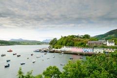 港口portree苏格兰skye 免版税库存图片