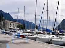 港口Riva del Garda的意大利视图 免版税图库摄影