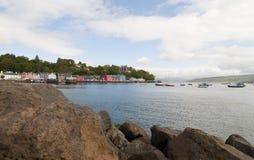 港口tobermory的苏格兰 库存图片