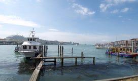 港口tronchetto威尼斯 免版税库存图片