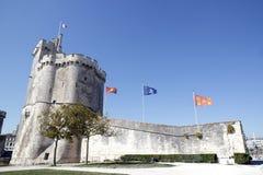 港的入口拉罗歇尔(滨海夏朗德省法国) 免版税库存图片