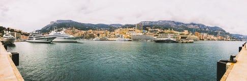港赫丘勒的全景在摩纳哥公国的中心 图库摄影