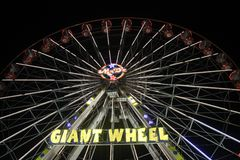 游乐园巨人轮子 免版税库存图片
