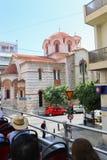 游人享受公共汽车旅行-雅典,希腊 免版税库存图片
