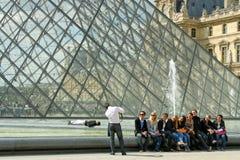 游人在巴黎 库存图片