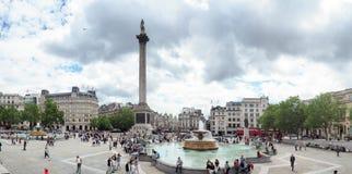游人在特拉法加广场,西敏市,中央伦敦,以前叫作查令十字 库存照片