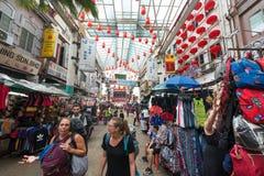 游人在茨厂街中国镇,吉隆坡 库存照片