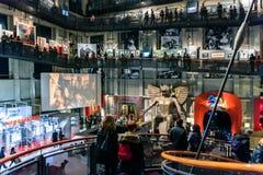游人在都灵,意大利参观戏院国家博物馆  库存照片