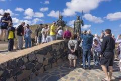 游人在费埃特文图拉岛加那利群岛拉斯帕尔马斯西班牙 免版税库存图片