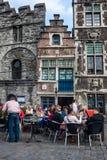 游人在绅士的市中心 图库摄影