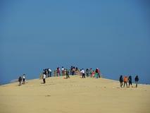 游人在Paracas,秘鲁 免版税图库摄影