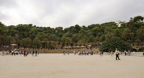游人敬佩公园Guell 图库摄影