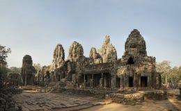 游人是在吴哥窟寺庙复合体  库存图片