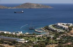 游人的假日复合体Elounda的,克利特,希腊 库存照片