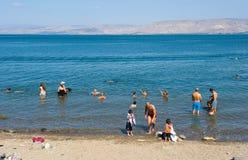 游泳在加利利海 图库摄影